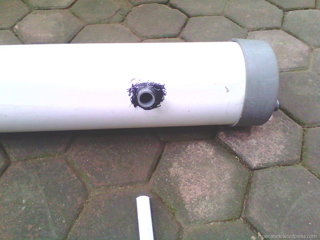 ... kasih gambar bentuk dari pompa air tanpa listrik, lihat di bawah ya